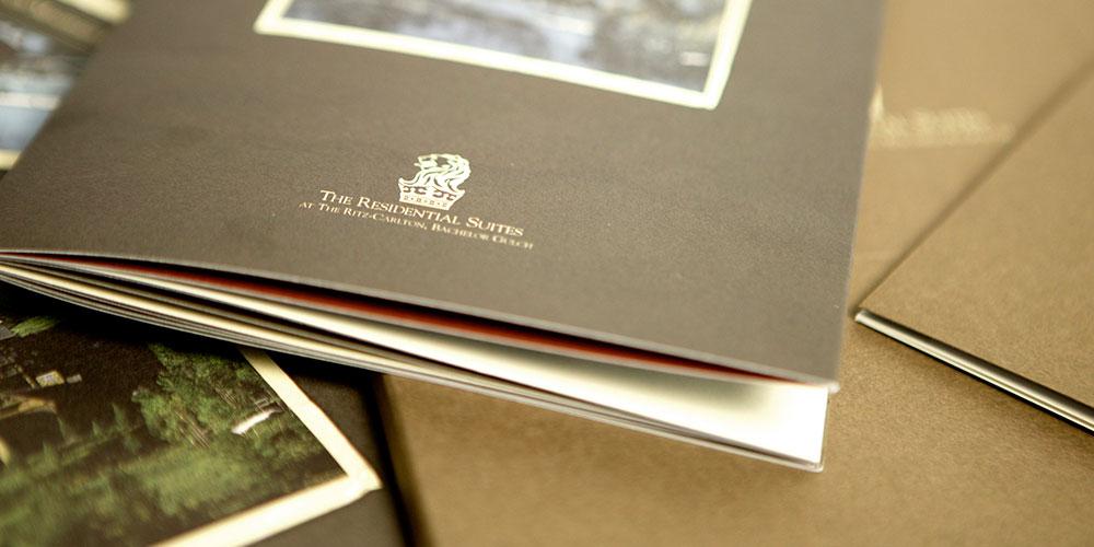 BG_brochures-closeup